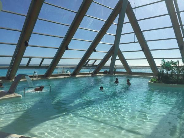 Hotel Pictures: San Alfonso del Mar 560, Algarrobo