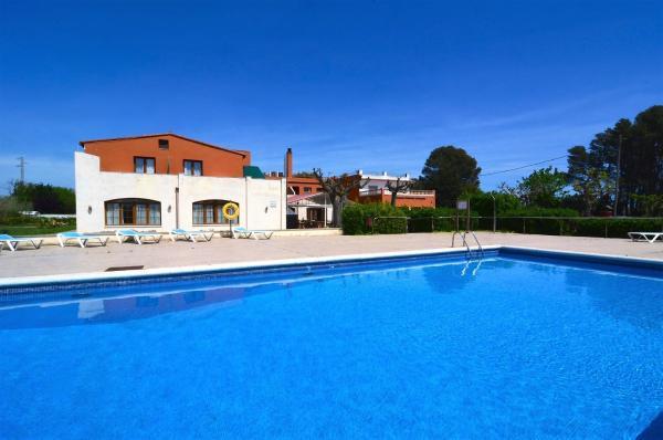 Hotel Pictures: Apartamentos La Gola, Torroella de Montgrí