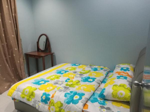 Foto Hotel: YY Simple Homestay, Johor Bahru