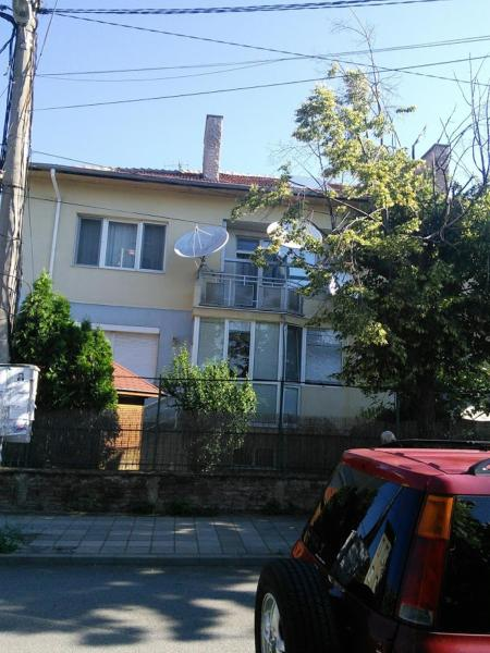 Hotel Pictures: Apartment Sandy, Elenovo
