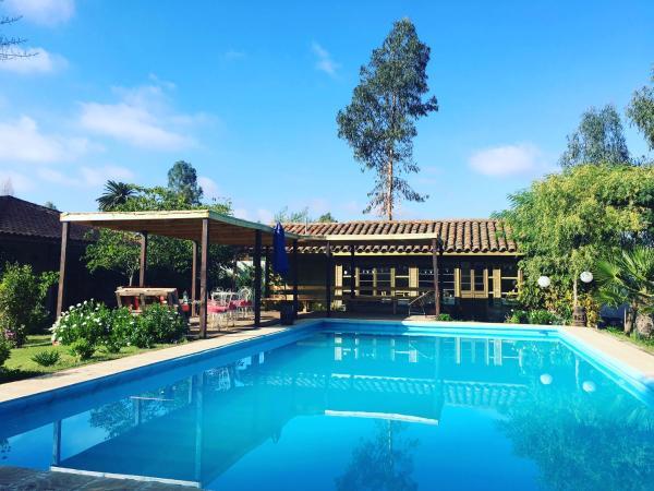 Hotel Pictures: Hotel Hoja de Parra, Santa Cruz