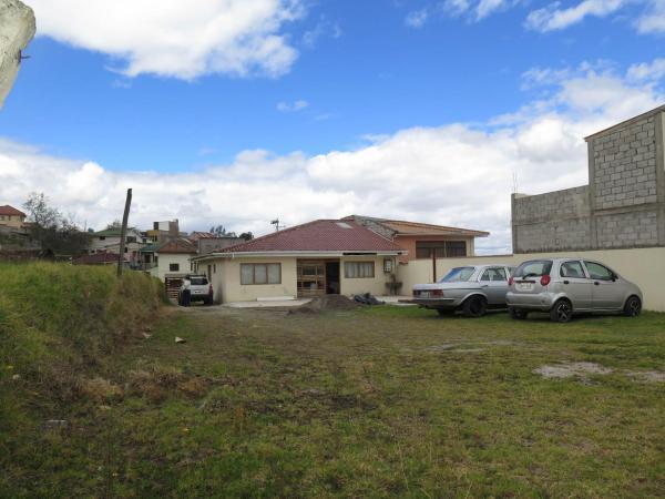 Hotel Pictures: Villa Charito, Azogues