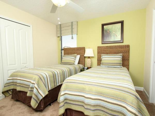 Hotellbilder: Championsgate Six Bedroom House with Private Pool 2F2, Davenport