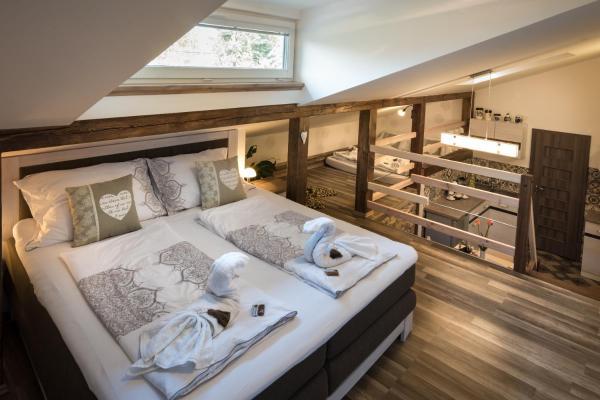 Hotel Pictures: Luxusní Apartmán MNMN, Nové Město na Moravě