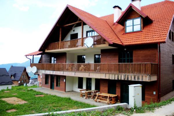 Fotografie hotelů: Apartman Ajdin, Travnik
