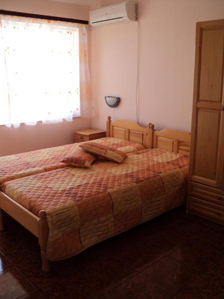 Hotellbilder: Къща за гости Теди, Tsjernomorets
