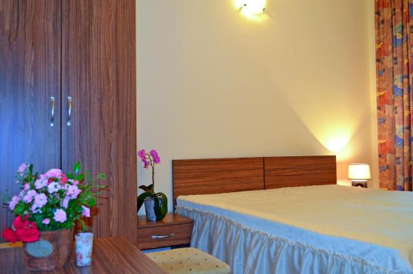 Hotel Pictures: Rossitsa Holiday Apartments, Kranevo