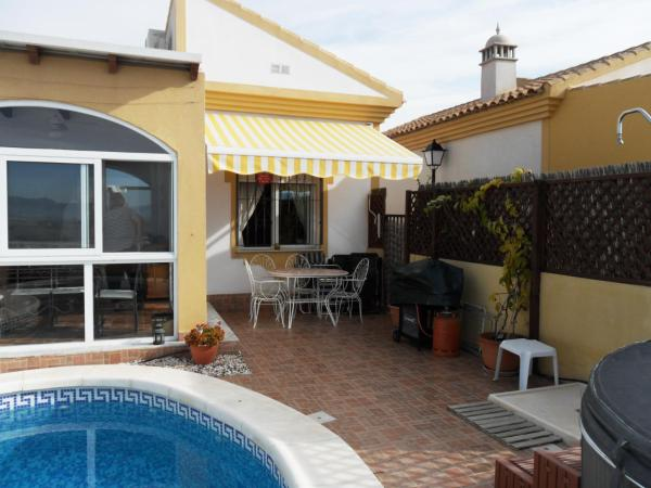 Hotel Pictures: Villa MCC12, Viña de Raja
