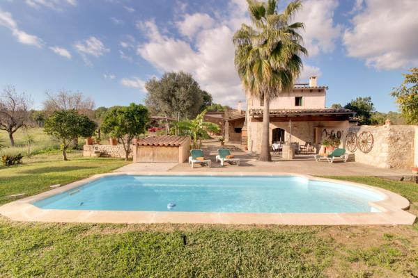 Hotel Pictures: Finca Can Rabassa, Sant Joan
