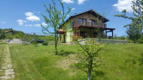 Foto Hotel: Holiday Home Anesa, Rakovica