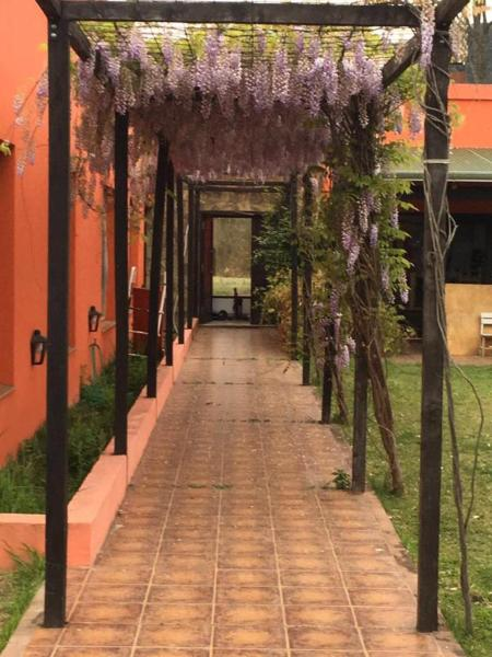 Hotel Pictures: Altos de Gallinato, Salta