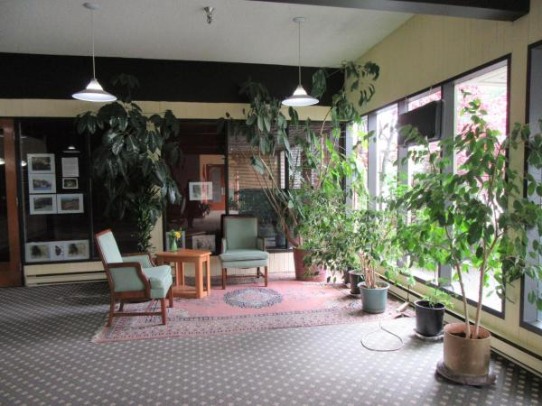 Hotel Pictures: Providence Place Inn, Port Hardy