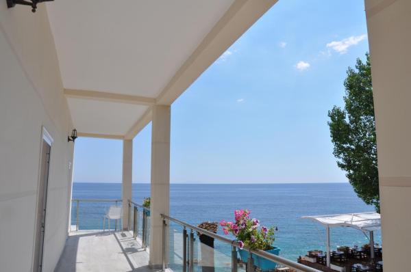 Foto Hotel: Guesthouse Riviera 'XH&M', Dhërmi