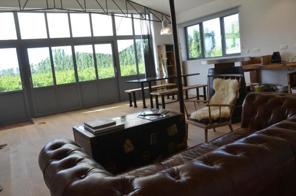 Hotel Pictures: Chambres d'hôtes en Camargue, Saint-Gilles