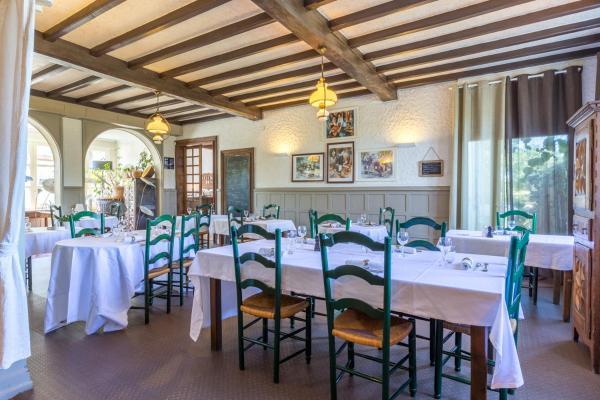 Hotel Pictures: Le Relais de l'Armagnac, Luppé-Violles