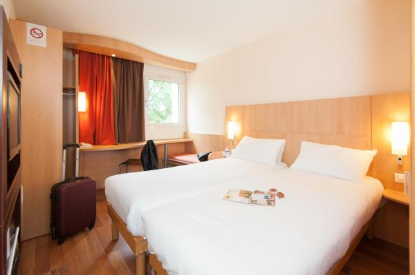 Hotel Pictures: ibis Avallon, Magny