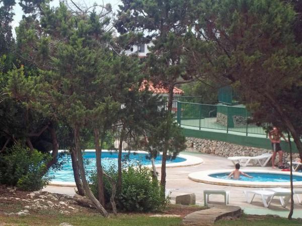 Hotel Pictures: Apartment Avenida de los delfines, Cala en Forcat