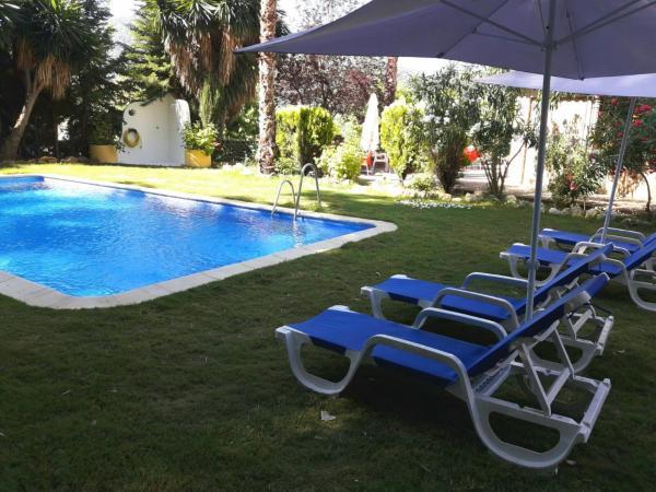 Hotel Pictures: Hotel Hospedería Las Buitreras, El Colmenar