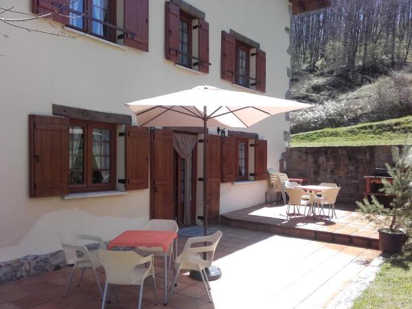 Hotel Pictures: Casa Rural Idiara, Viscarret-Guerendiáin