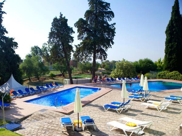 Hotel Pictures: Hotel Abetos del Maestre Escuela, Córdoba