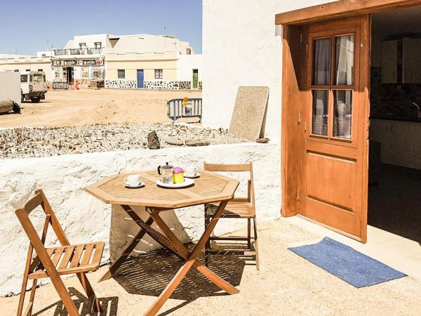 Hotel Pictures: Apartamentos Sol de la Graciosa, Caleta de Sebo