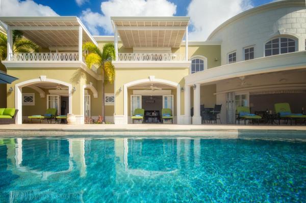 Hotel Pictures: Monkey Hill Luxury Villa, Saint James