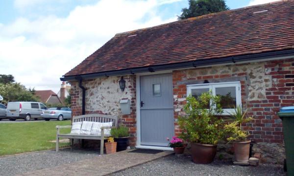Hotel Pictures: Lidsey Farmhouse, Bognor Regis