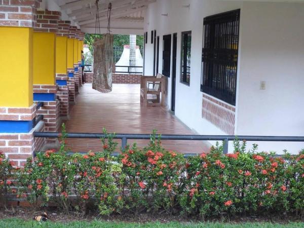 Hotel Pictures: Hotel Campestre el Roble Guamal, Guamal