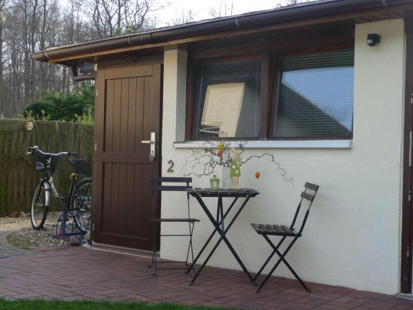 Hotel Pictures: Haus-Stranddistel-Wohnung-2, Breege