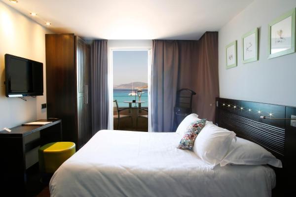 Hotel Pictures: L'Escale Côté Sud, L'Île-Rousse