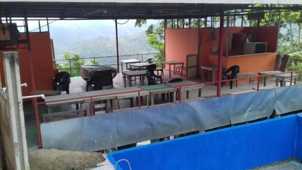 Hotel Pictures: Centro Turistico Brisas del Pacuare, Tuis