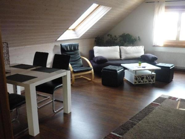 Hotel Pictures: Apartment-Aichelberg, Holzmaden