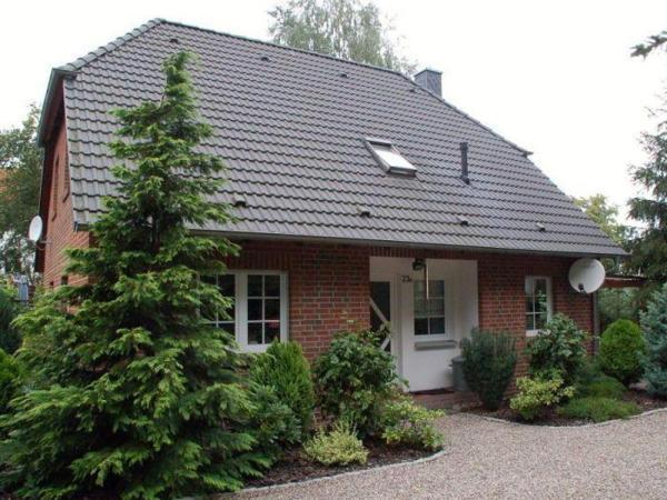 Hotel Pictures: Massivwohnhaus-Ferdinandshof, Ferdinandshof