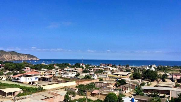 Hotel Pictures: Ocean Horizon View Apartment, Puerto López