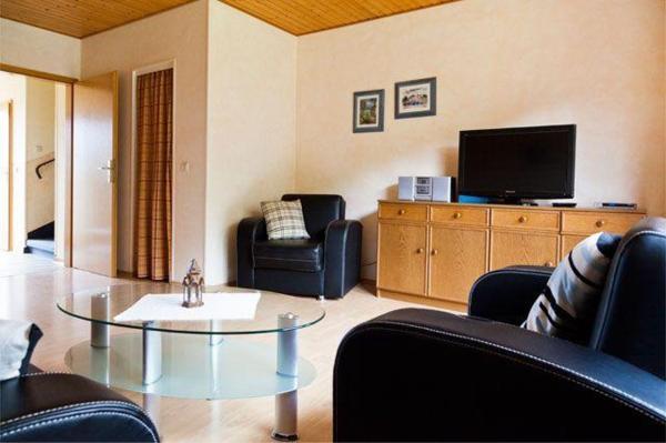 Hotel Pictures: Strandmuschel-Wohnung-Nr-4, Staberdorf