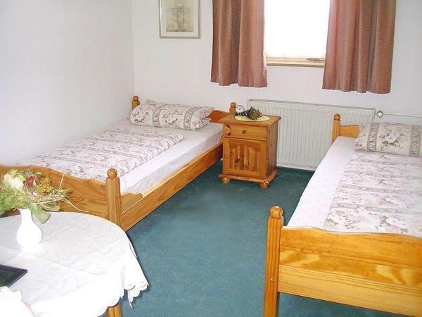 Hotel Pictures: Zimmer-6, Torgau