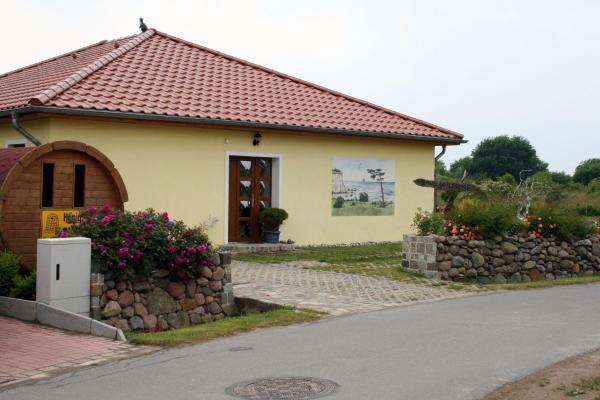 Hotel Pictures: Haus-Wildrose, Dranske