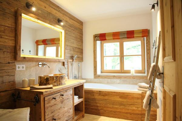 Hotel Pictures: Destina-Wohnung-Hl-Klara, Chieming