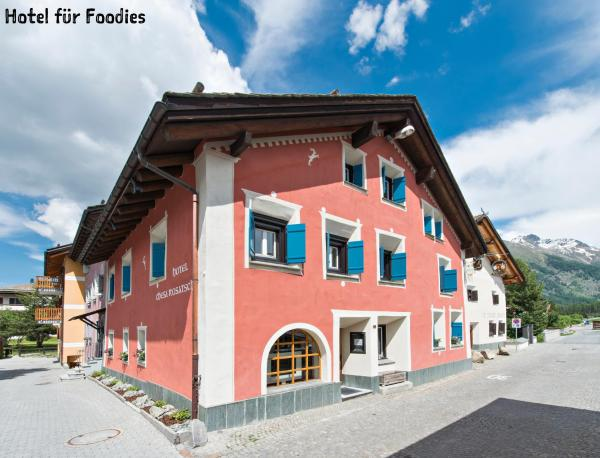 Hotel Pictures: Hotel Chesa Rosatsch - Home of Food, Celerina
