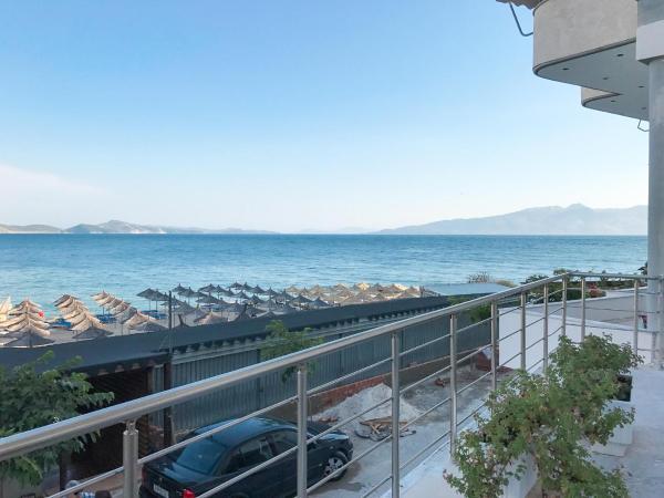 Fotos del hotel: Apartments Stefani, Gjashtë