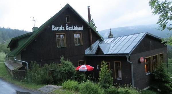 Hotel Pictures: Bouda Šestidomí, Strážné