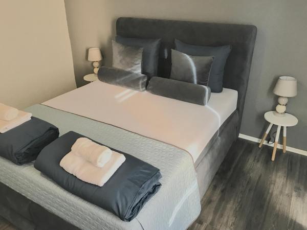 Фотографии отеля: Crystal Deluxe Apartment, Бихач