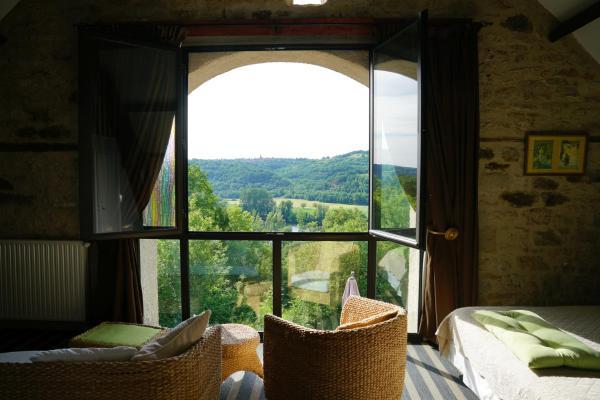 Hotel Pictures: Hôtel Restaurant Le Mûrier de Viels, Causse et Diege