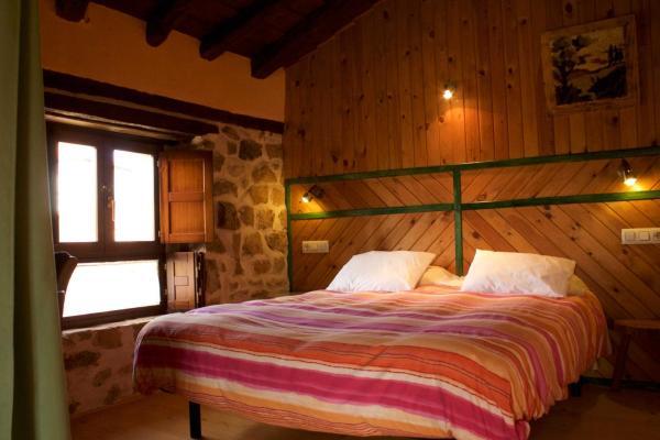 Hotel Pictures: Tardes al sol, Renedo de Zalima