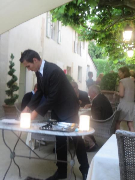 Hotel Pictures: Hotel Restaurant Chartron, Saint-Donat-sur-l'Herbasse