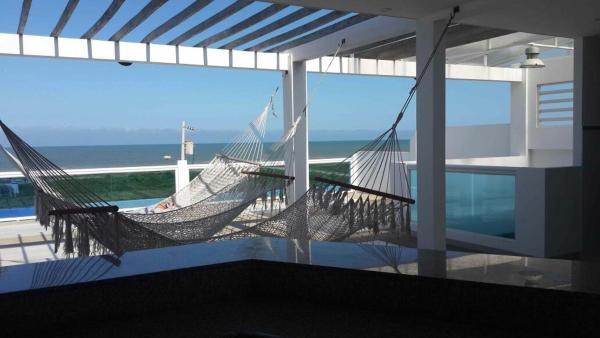 Hotel Pictures: Spectacular ocean view, Playas
