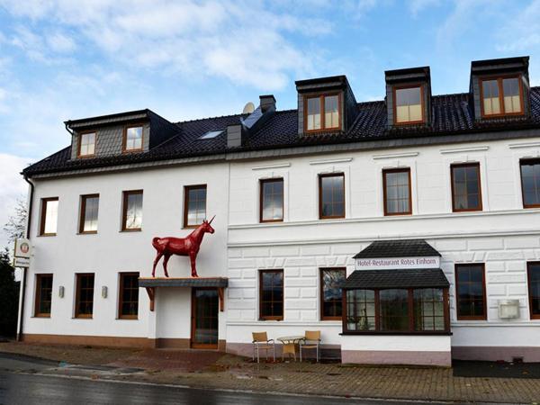 Hotelbilleder: Hotel-Restaurant Rotes Einhorn Düren *** Superior, Düren - Eifel