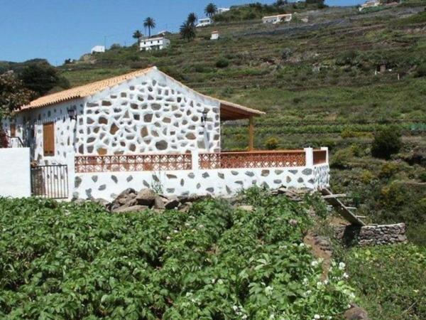 Hotel Pictures: Holiday Home Casa Rural Tagora, Agulo