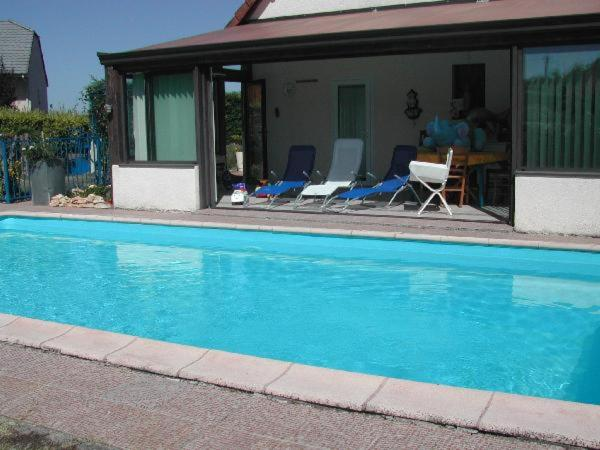Hotel Pictures: Holiday home Les Termes, Yssandon