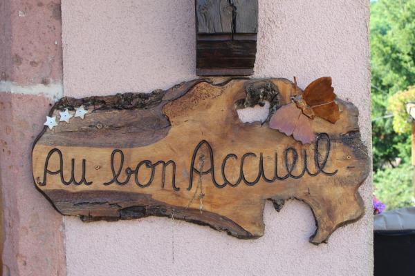 Hotel Pictures: Au Bon Accueil Le Coquelicot, Thannenkirch